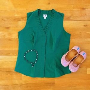 Emerald Green Ruffle V-Neck Sleeveless Blouse